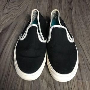 e043a0b8163 Vans Shoes - Vans Mens Bali Surf Siders slip-on skateboard shoe